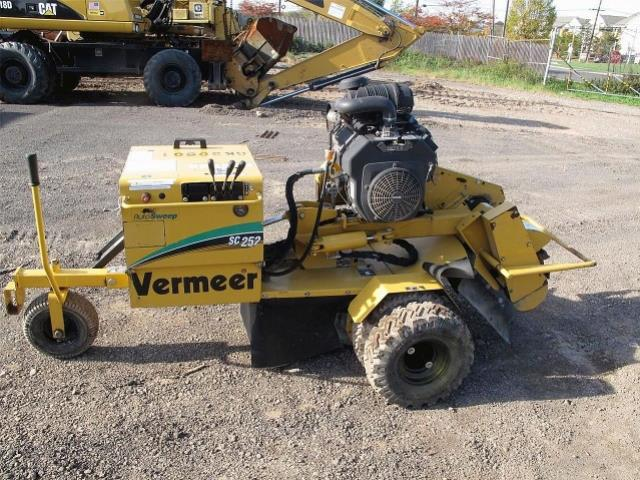 Where to find STUMP CUTTER 252, TOWABLE, VERMEER in Wautoma